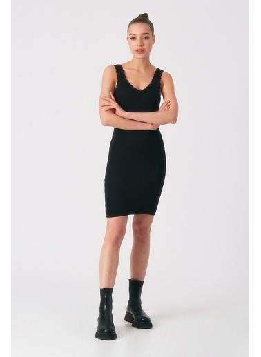 Robin Robin Kalın Askılı Triko Elbise Siyah Siyah